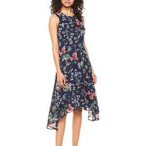 EUC Tommy Hilfiger Floral Trapeze Spring dress
